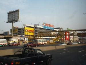 open plaza atocongo